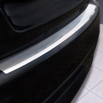 Mercedes C Class W204 Limousine profiled 2007-2011